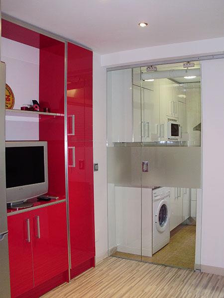 Pincel cristal mamparas de ba o y puertas de cristal con for Puerta lavadero